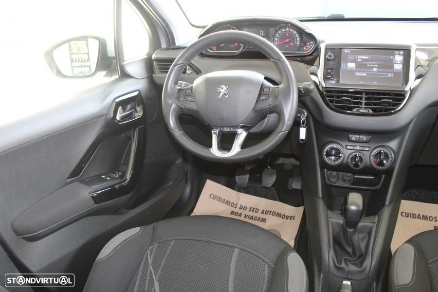 Peugeot 208 1.4 HDI Active - 41