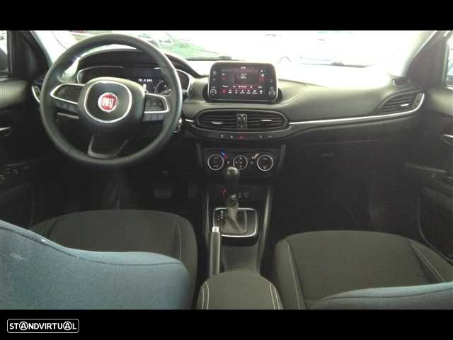 Fiat Tipo 1.6 M-Jet Lounge DCT - 13