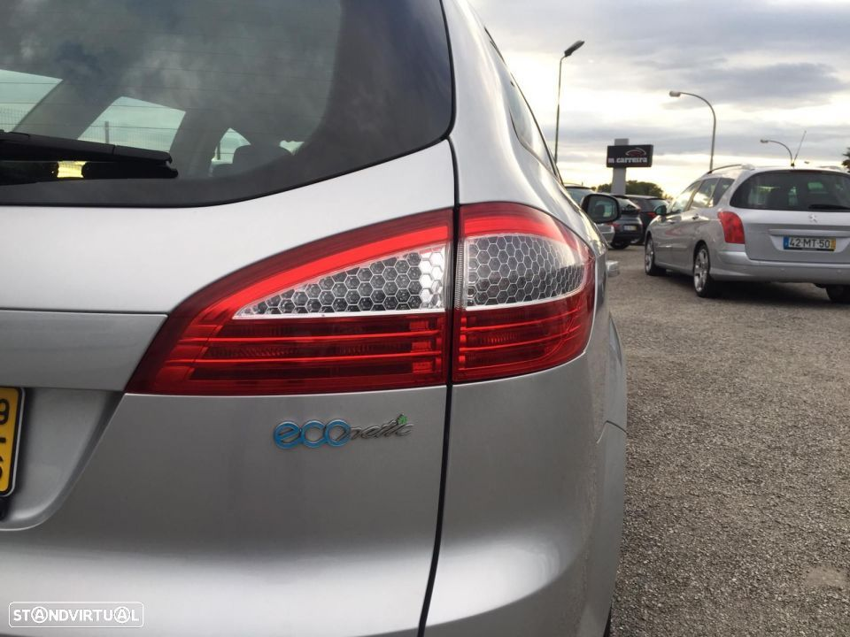 Ford Mondeo SW 1.8 tdci - 12