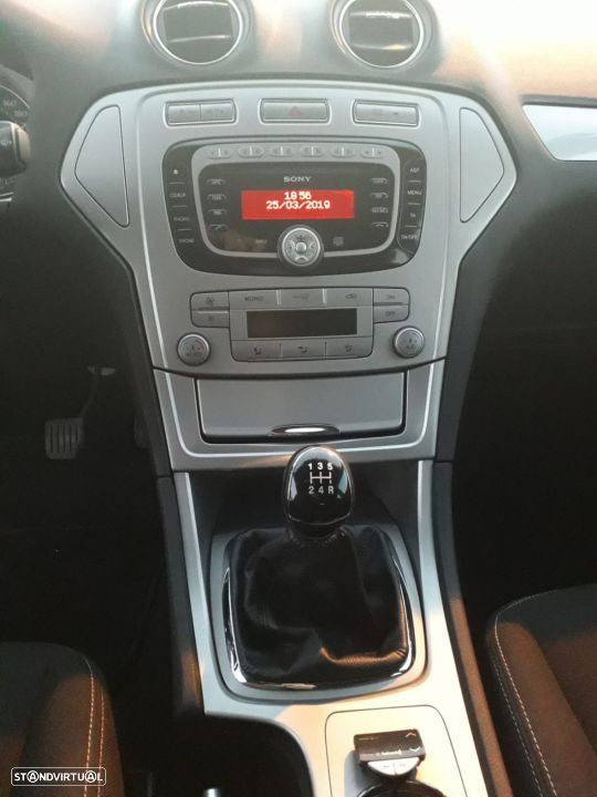 Ford Mondeo SW 1.8 tdci - 26