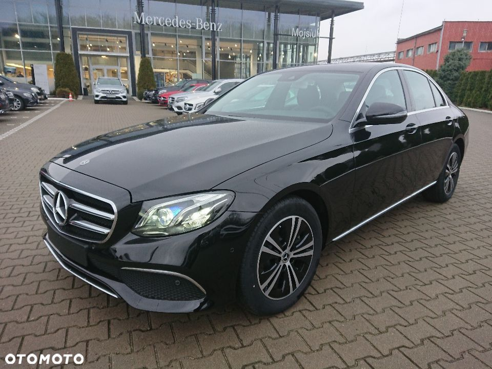 Mercedes-Benz Klasa E E 220d / 4MATIC / Business edition / 2019 / Dealer MB Mojsiuk - 2