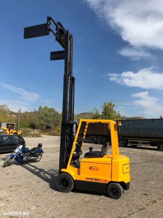 Hyster J2.50XM - 5