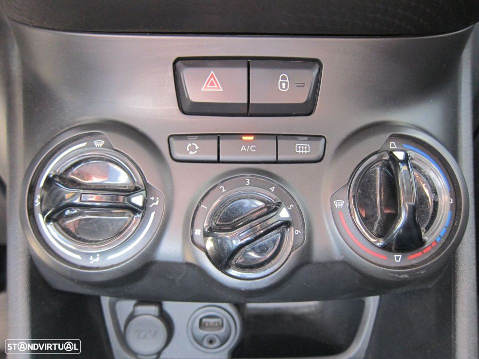 Peugeot 2008 1.4 HDi Active - 17