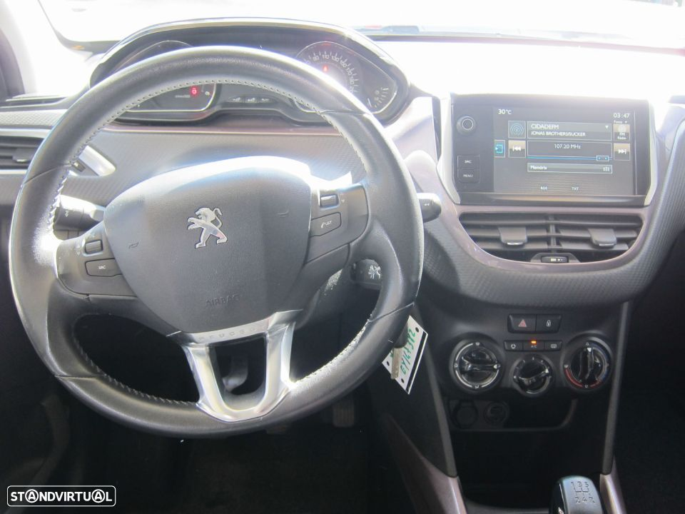 Peugeot 2008 1.4 HDi Active - 6
