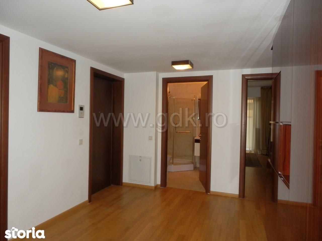 Apartament de inchiriat, București (judet), Strada Gen. Av. Athanasie Enescu - Foto 8
