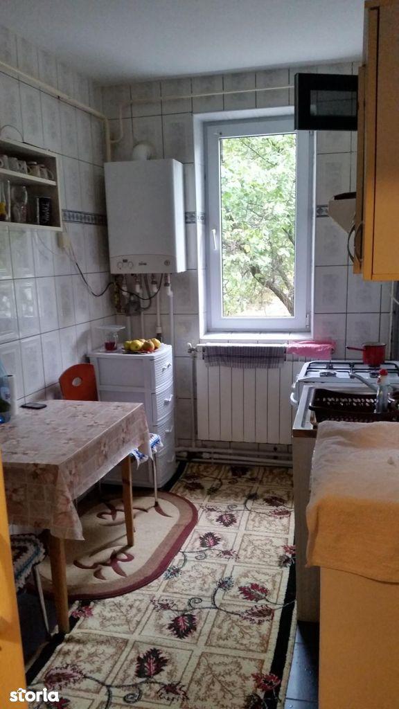 Apartament de vanzare, Galați (judet), Micro 18 - Foto 8