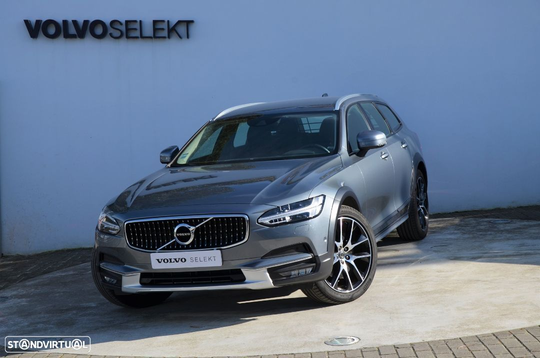 Volvo V90 Cross Country D4 AWD Geartronic - 24