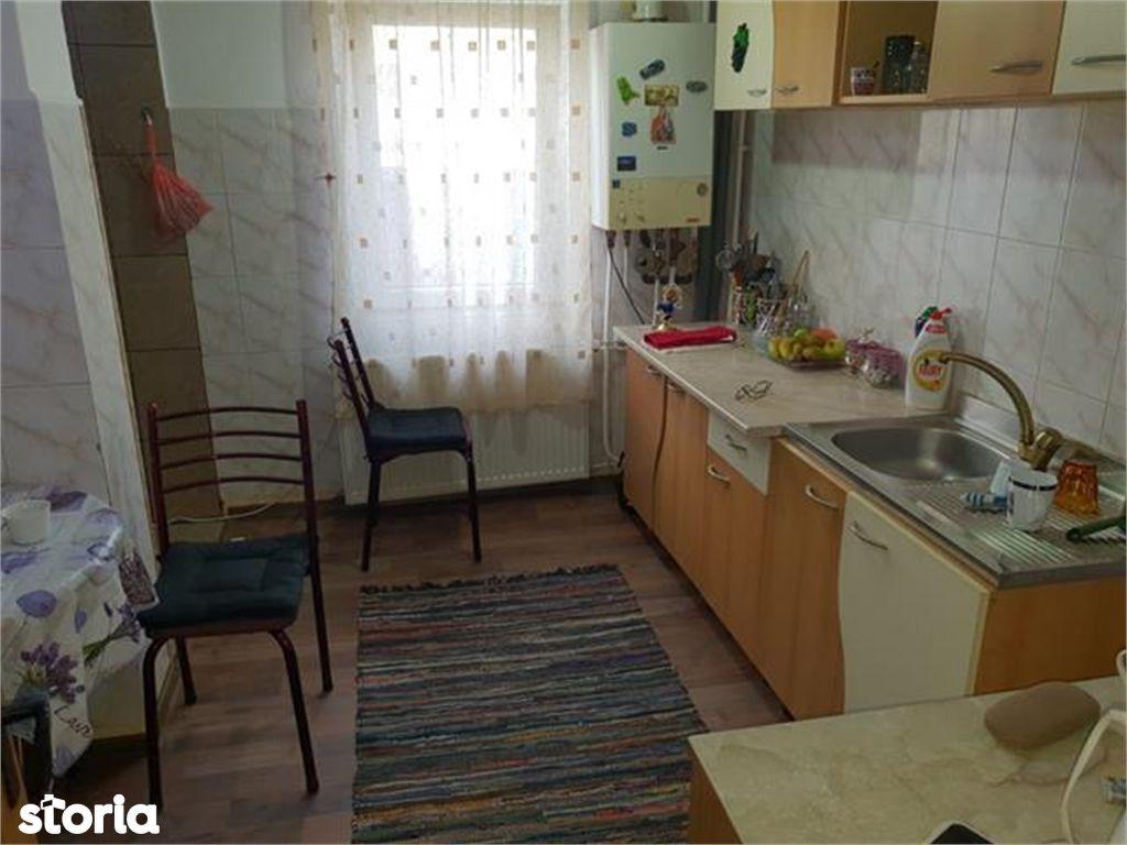 Apartament de vanzare, Argeș (judet), Bulevardul Libertății - Foto 6