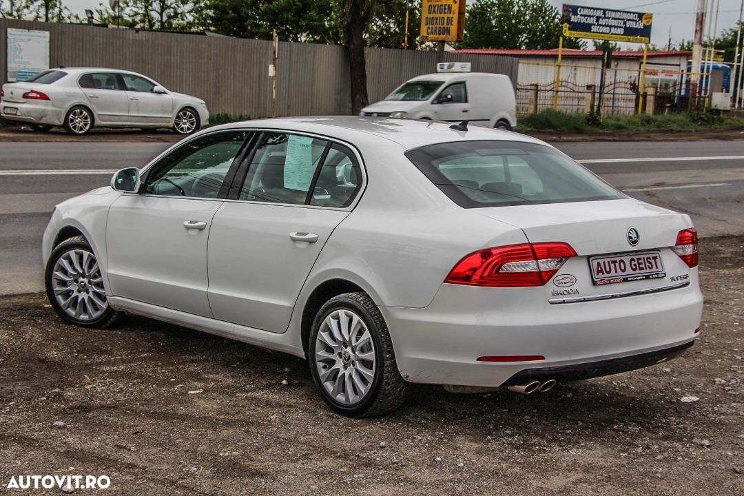 Škoda Superb - 2