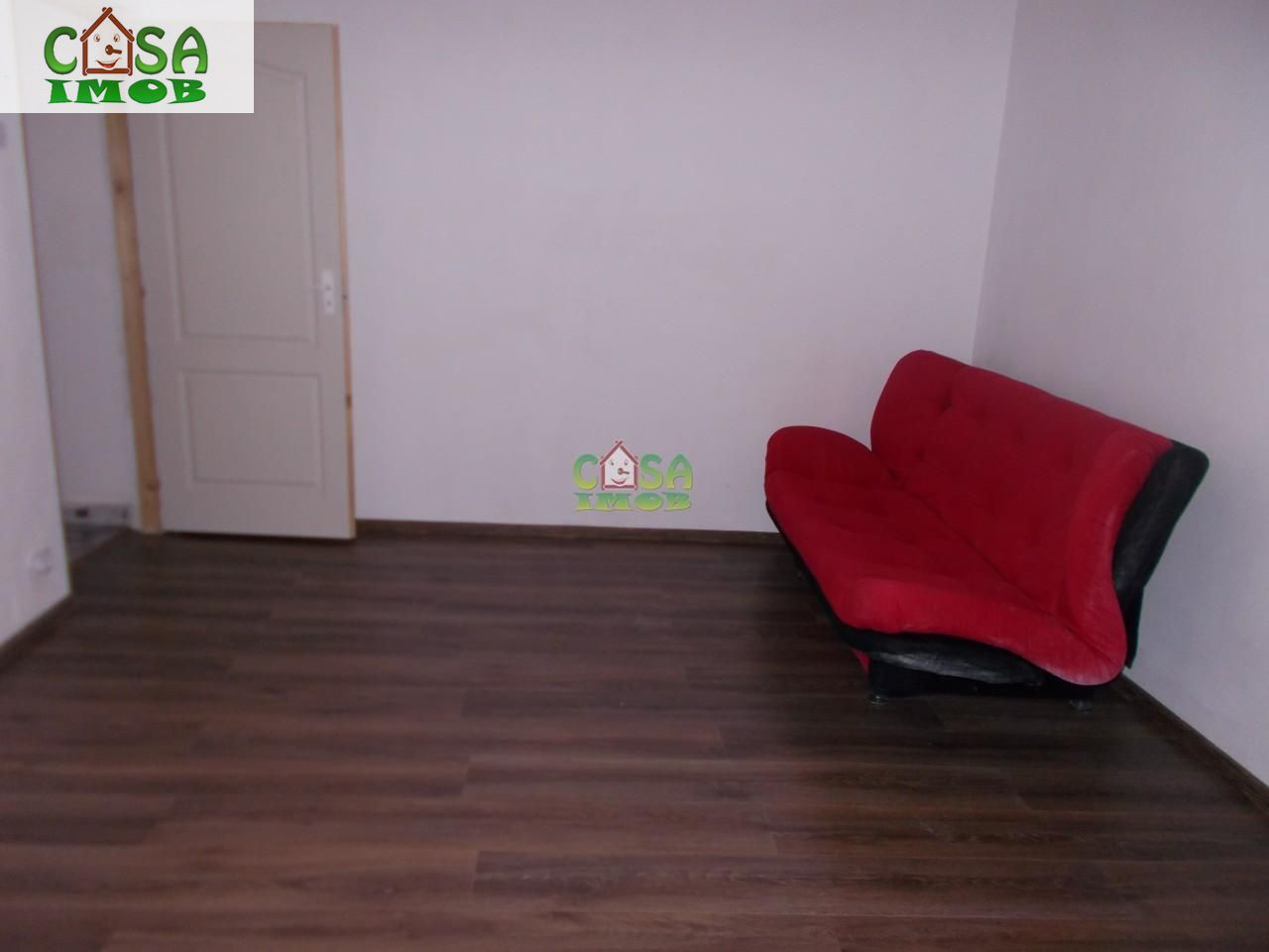 Apartament de vanzare, Dâmbovița (judet), Centru - Foto 2