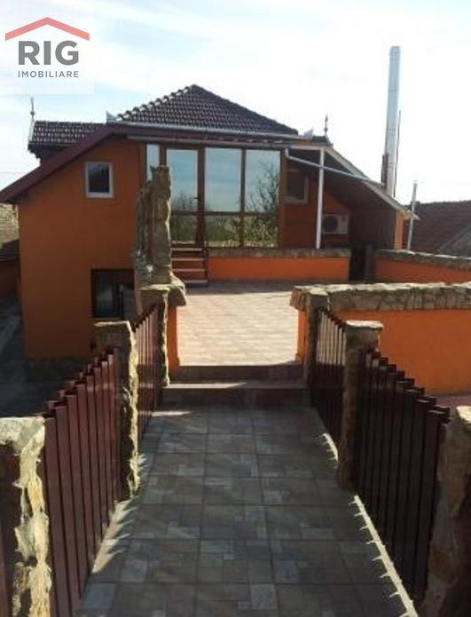 Casa de vanzare, Arad, Aradul Nou - Foto 1