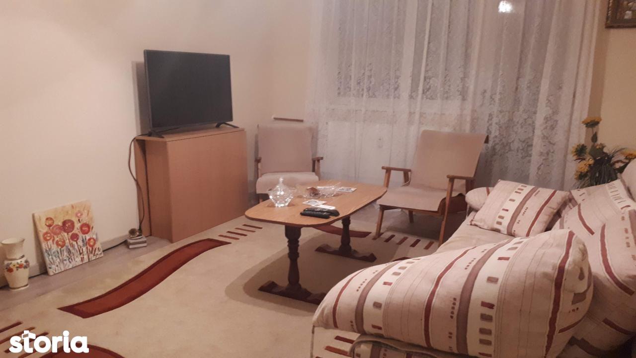 Apartament de inchiriat, Prahova (judet), Bariera Poștei Bucov - Foto 1