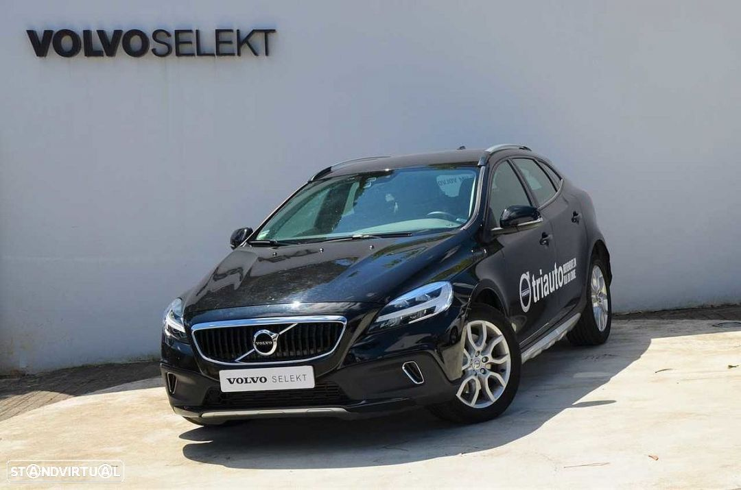 Volvo V40 Cross Country D2 Plus - 1