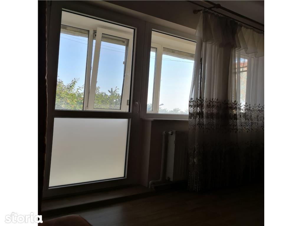 Apartament de vanzare, Argeș (judet), Intrarea Florea Fieraru - Foto 4