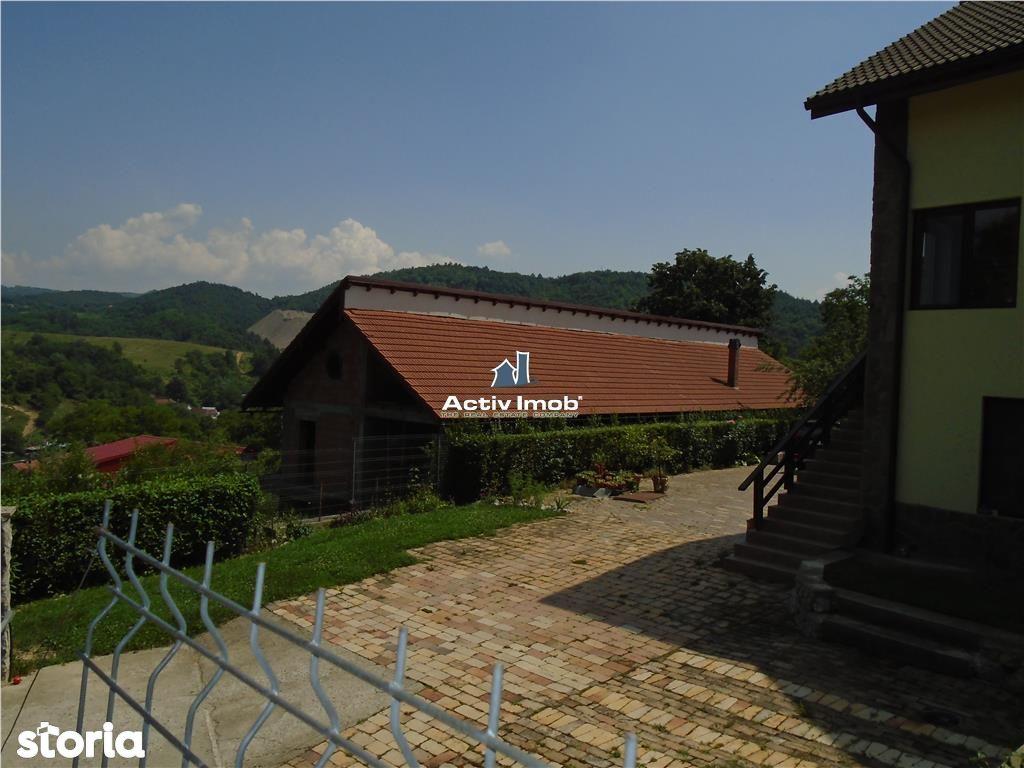 Casa de vanzare, Resita, Caras-Severin - Foto 17
