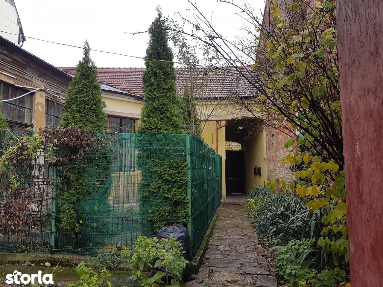 Apartament de vanzare, Oradea, Bihor, Centru Civic - Foto 1