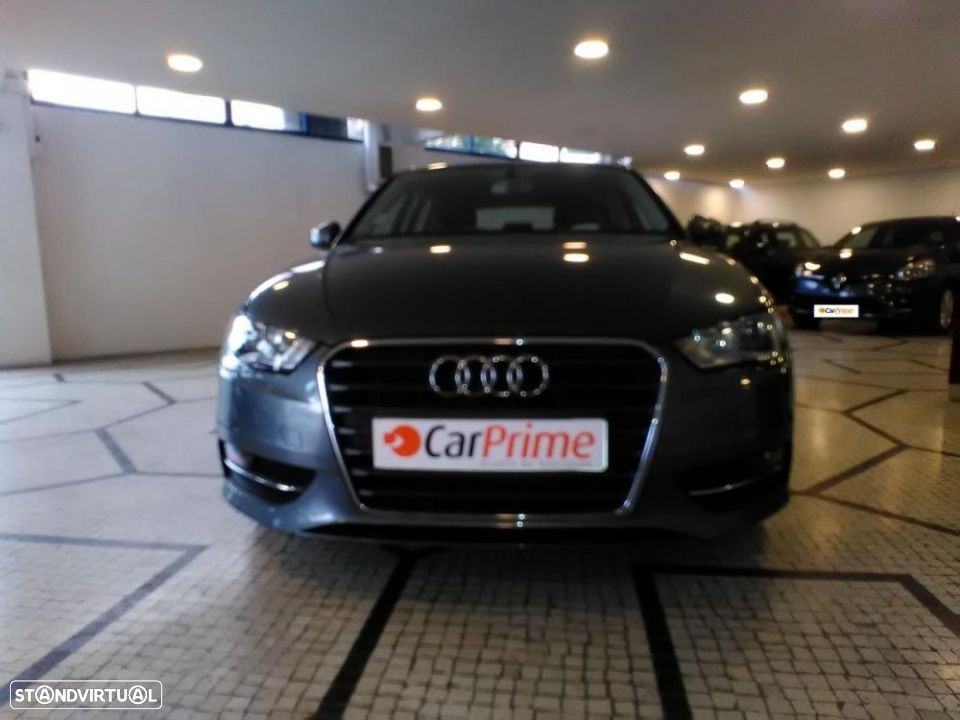 Audi A3 SportBack 2.0 TDI 150cv Attraction - 1