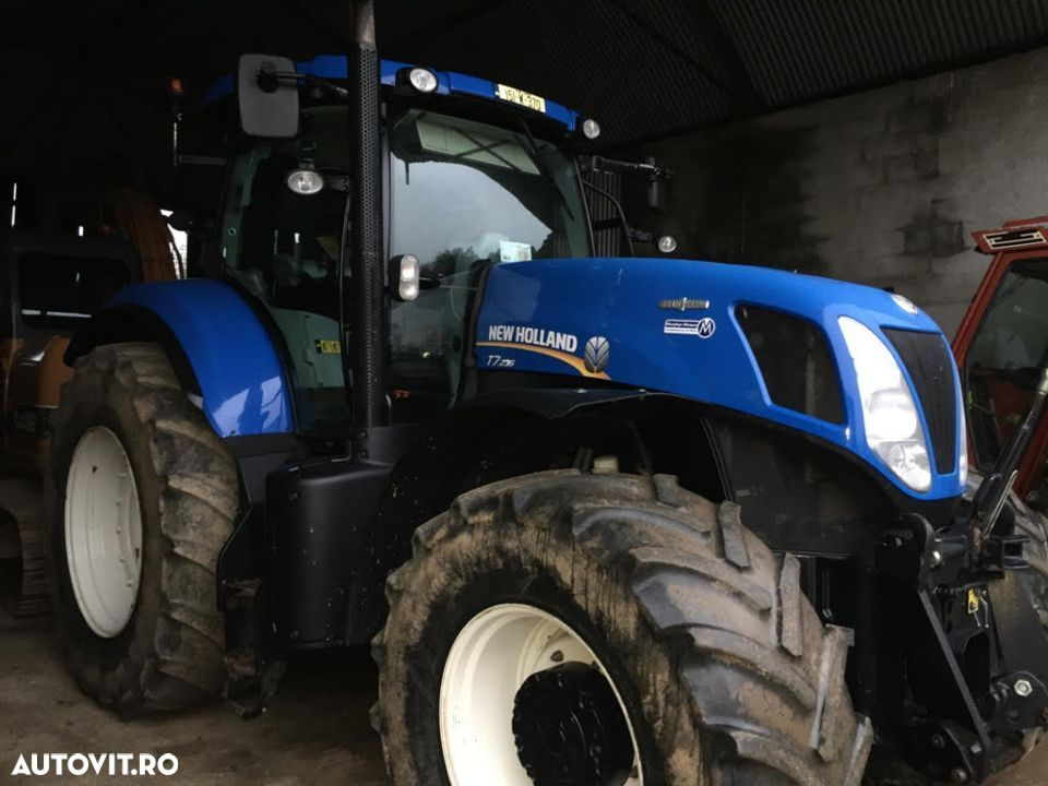 New Holland T7. 235 - 3