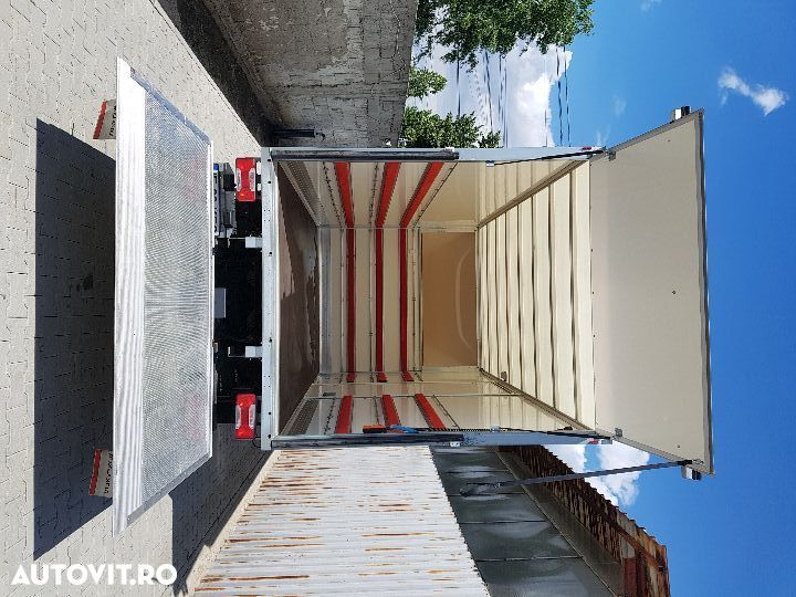 Iveco daily  cu lift - 5