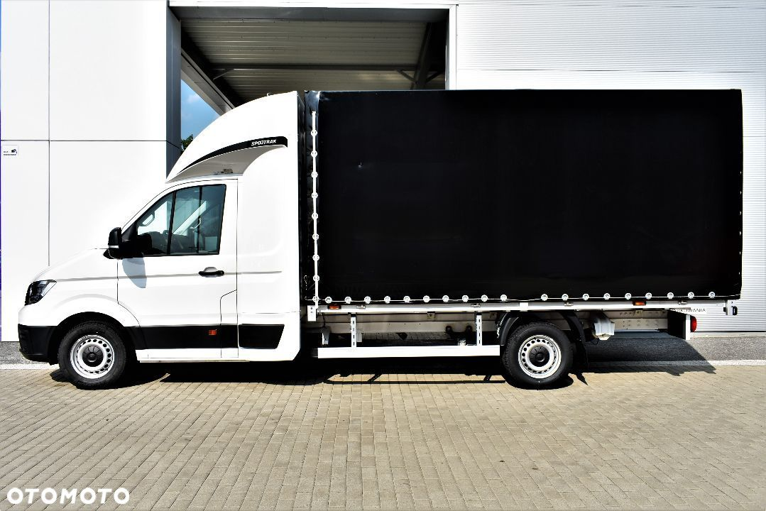 Volkswagen CRAFTER  Crafter 177 KM 8 EP automat Miro 7 9 9 0 1 1 9 0 2 - 4