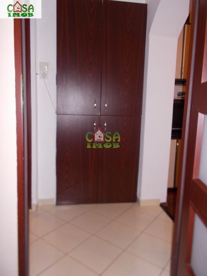 Apartament de vanzare, Dâmbovița (judet), Micro 9 - Foto 8