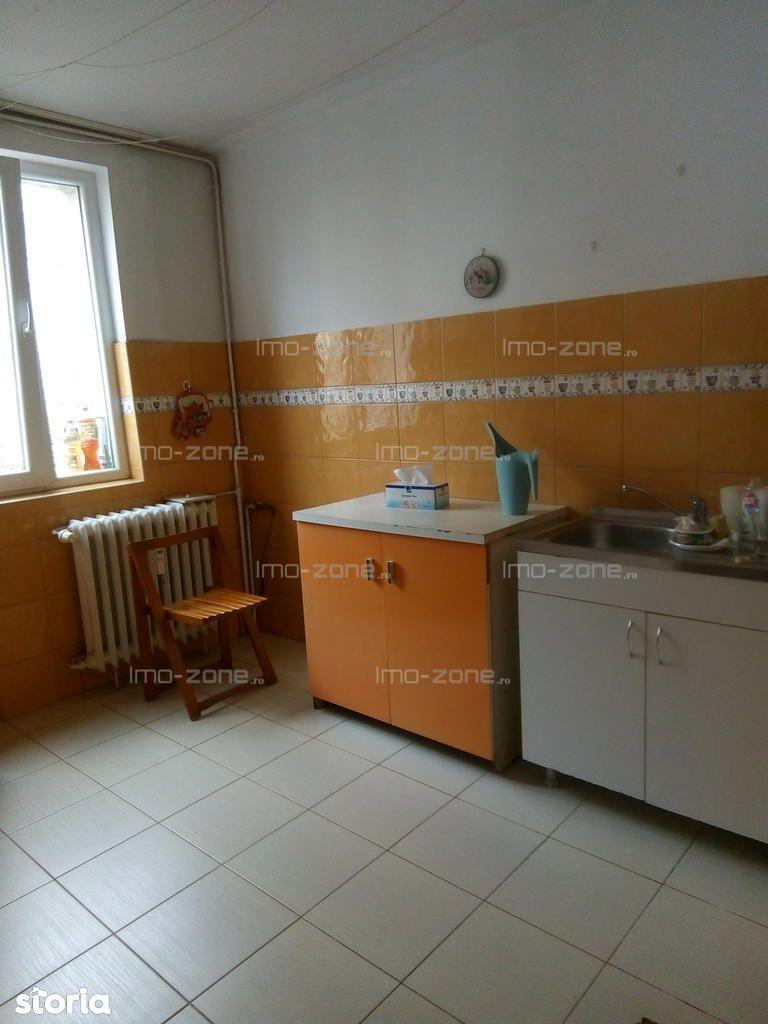 Apartament de vanzare, București (judet), Strada Delinești - Foto 4