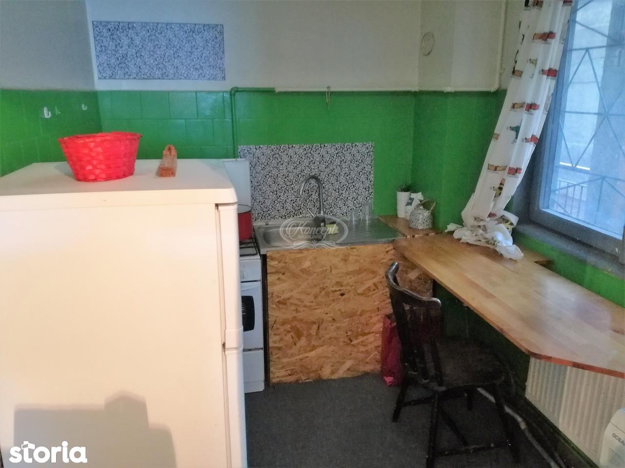 Apartament de inchiriat, Cluj (judet), Strada Petru Maior - Foto 5