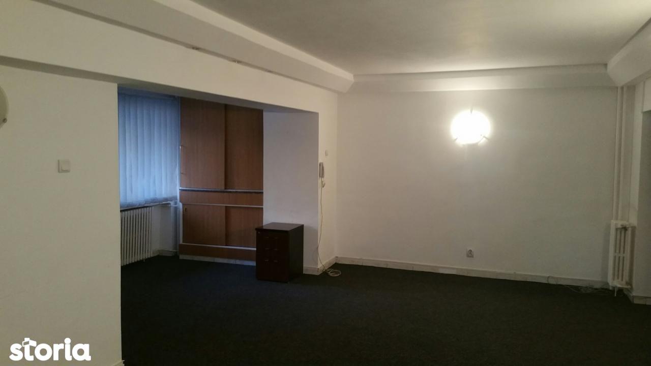Apartament de inchiriat, București (judet), Calea Călărașilor - Foto 2