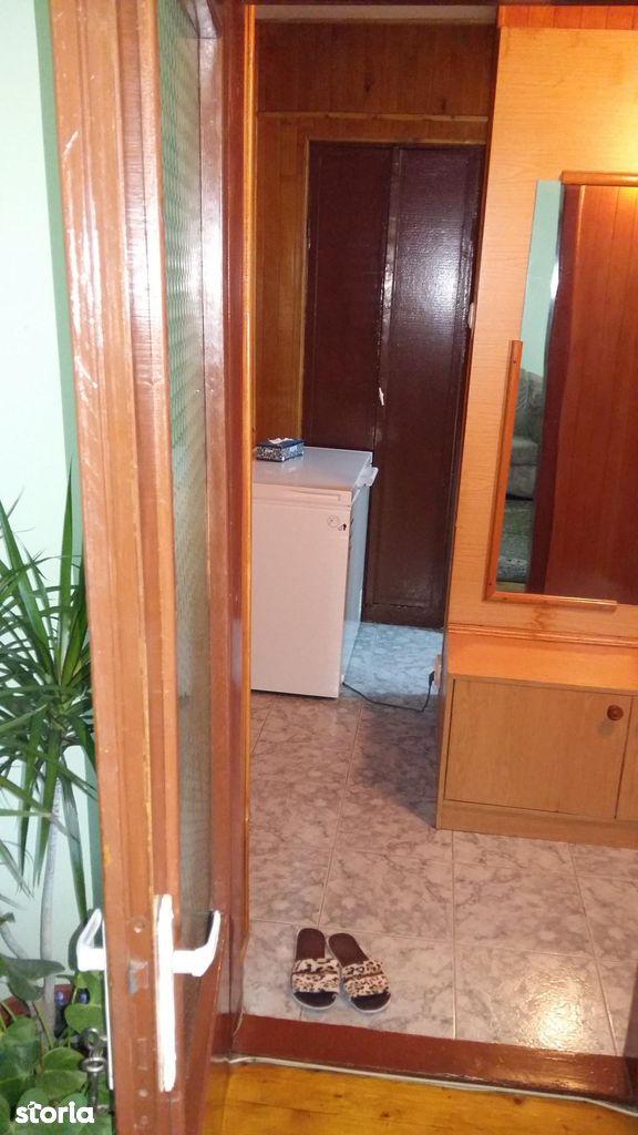 Apartament de vanzare, Arad (judet), Zona 300 - Foto 5