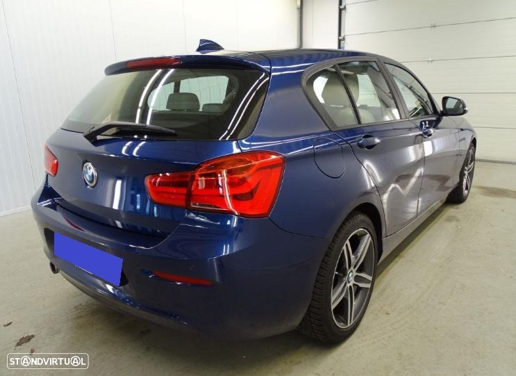BMW 116 d High Executive - 4