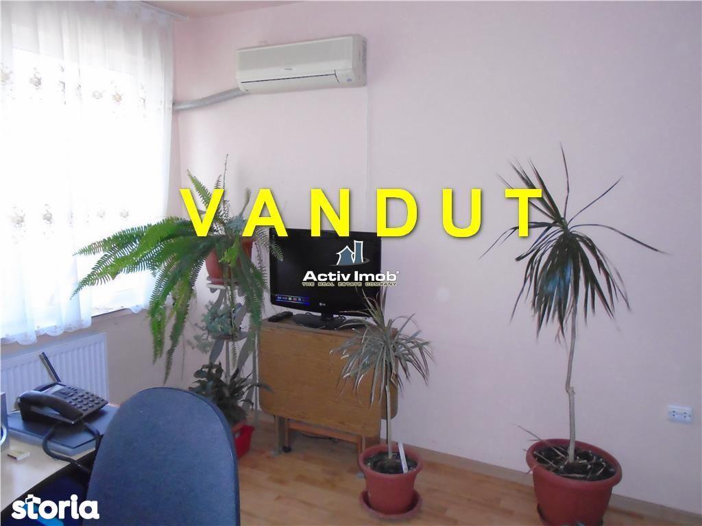 Apartament de vanzare, Caraș-Severin (judet), Văliug - Foto 1