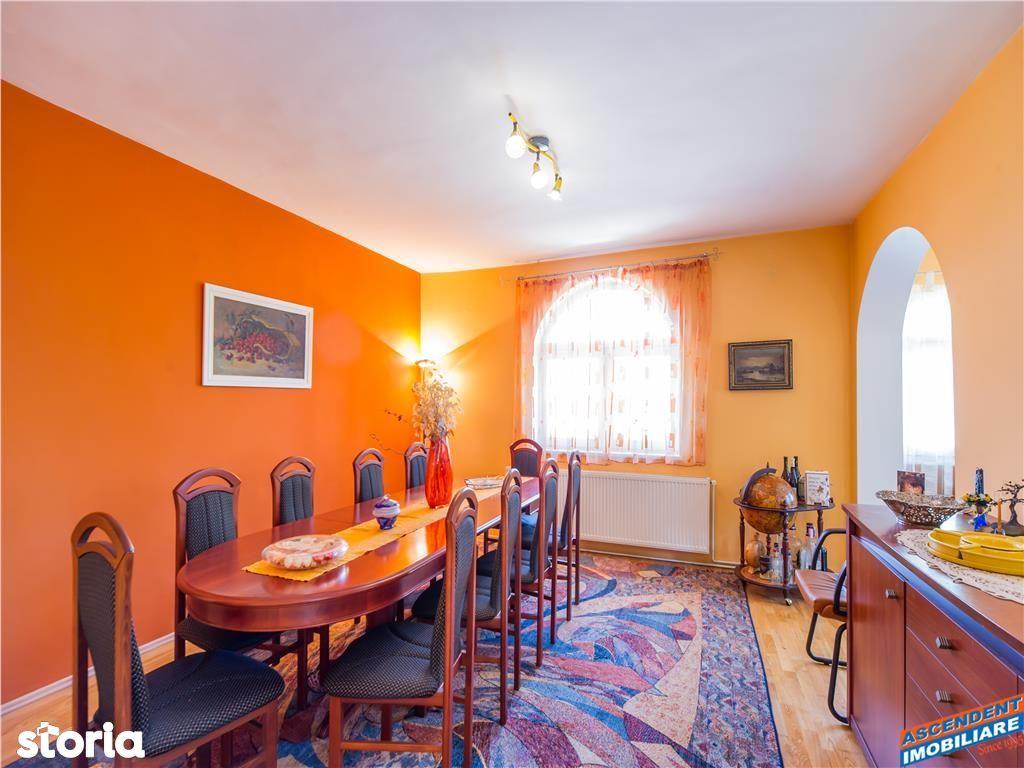 Casa de vanzare, Brașov (judet), Strada Profesor Victor Jinga - Foto 1