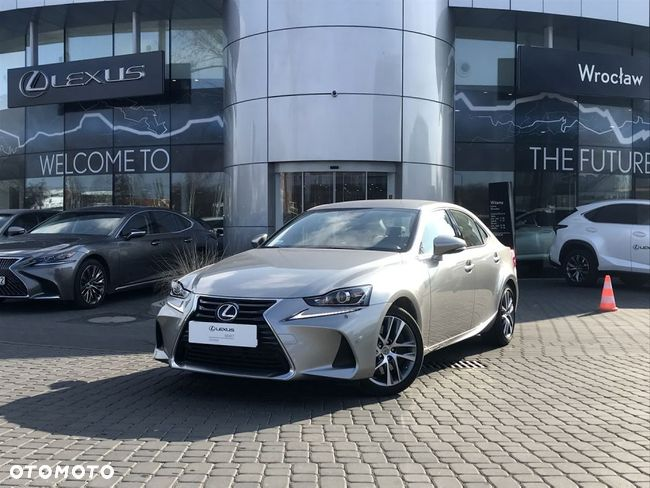 Lexus IS 300 Elegance + Sense