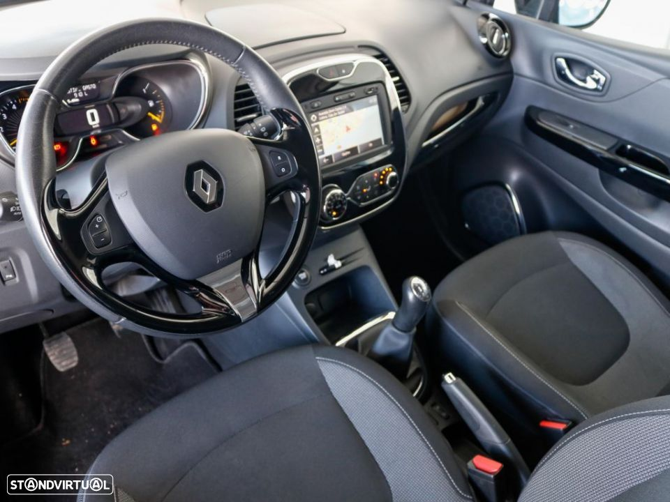 Renault Captur 1.5 dCi 90cv Exclusive - 6