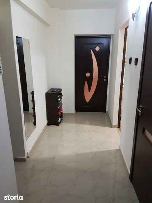 Apartament de vanzare, Brașov (judet), Strada Mihail Kogălniceanu - Foto 3