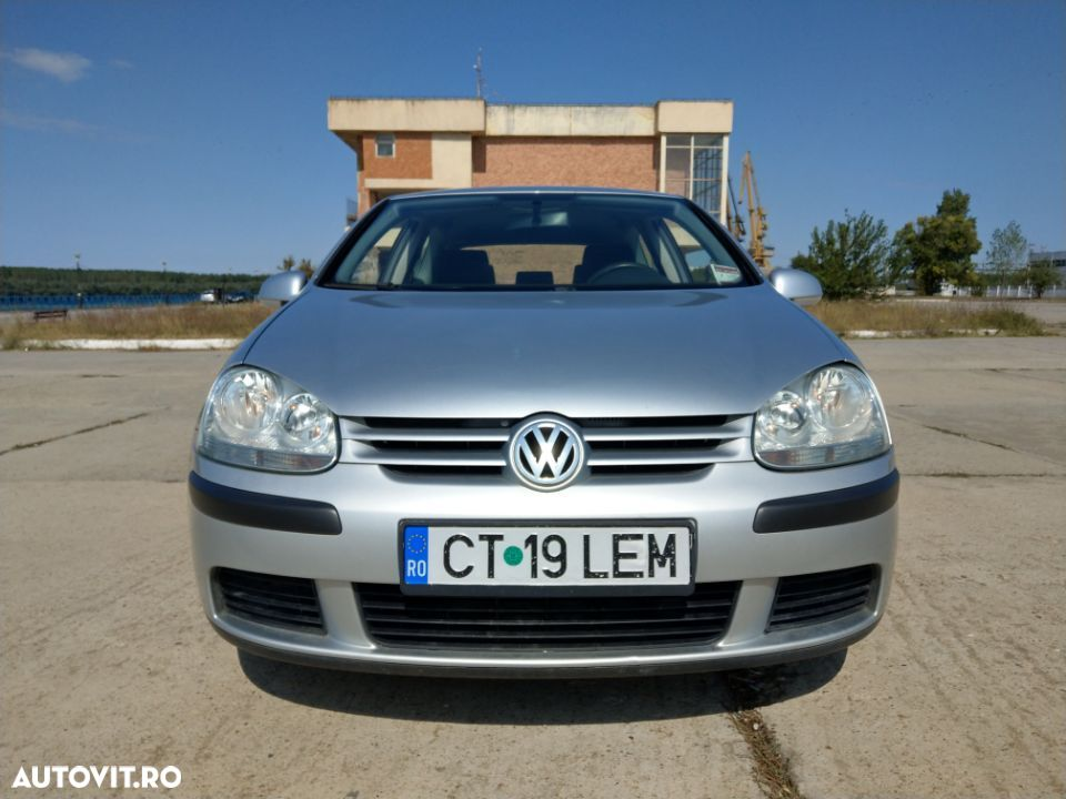 Volkswagen Golf V - 8