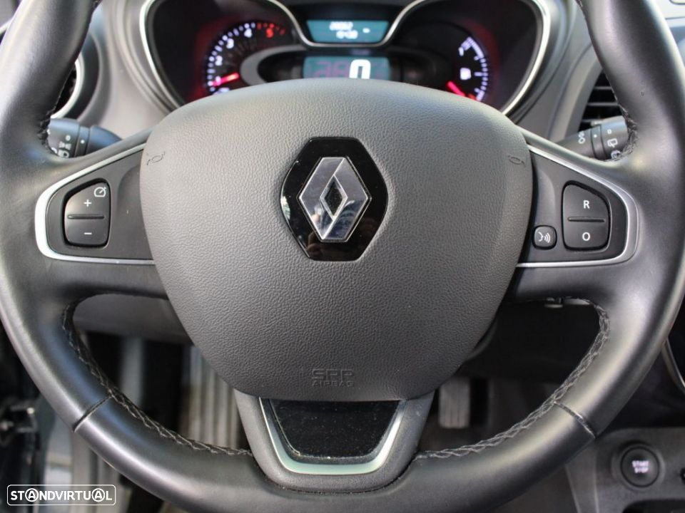 Renault Captur 1.5 dCi 110 Energy Exclusive - 19