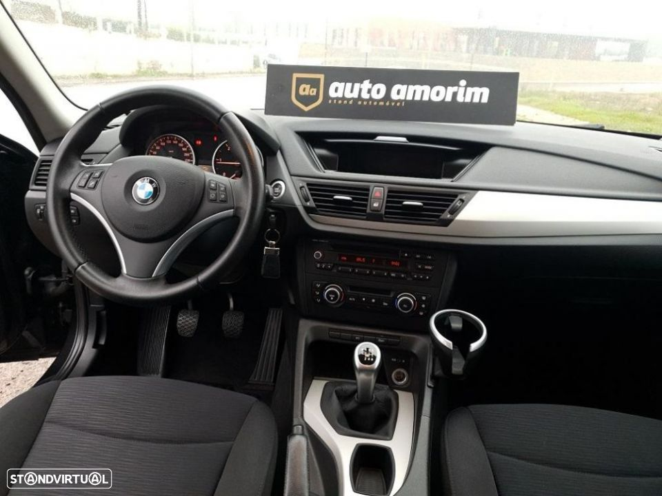 BMW X1 18 d sDrive - 16