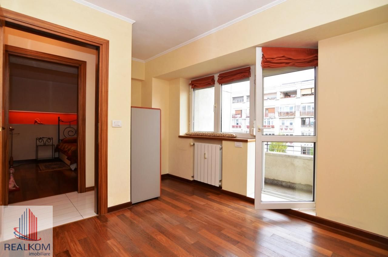 Apartament de inchiriat, București (judet), Strada Pilat Ion - Foto 18