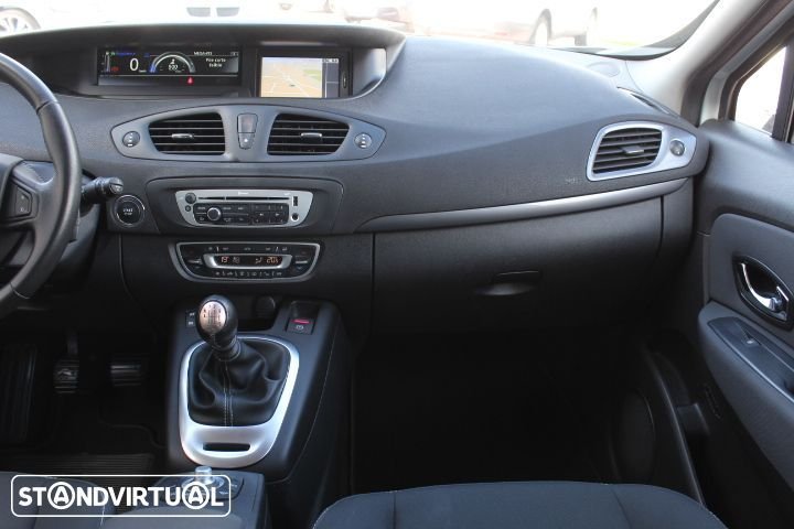 Renault Grand Scénic 1.5 DCi Limited - 23