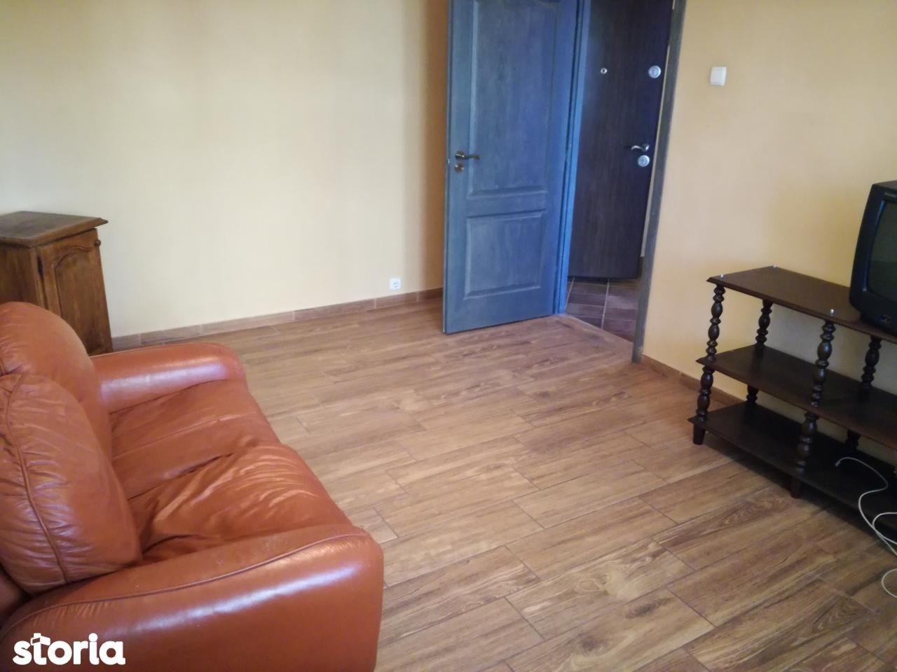 Apartament de inchiriat, Vâlcea (judet), Ostroveni - Foto 4