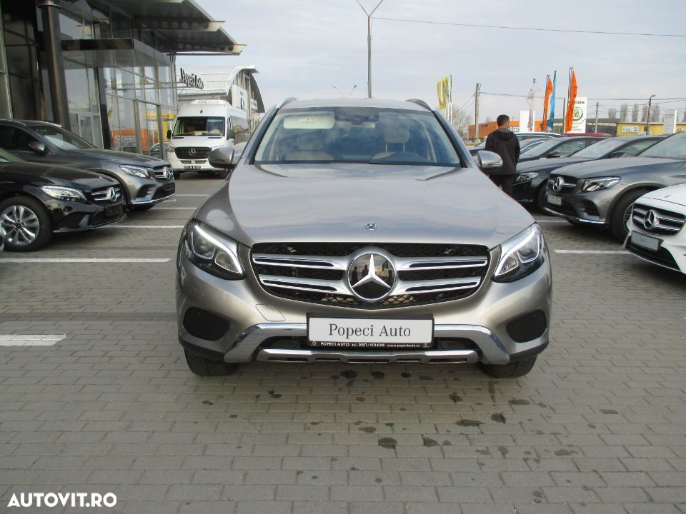 Mercedes-Benz GLC 250 - 13