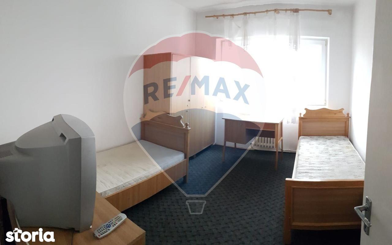 Apartament de inchiriat, Satu Mare (judet), Strada Cardinal Iuliu Hossu - Foto 1