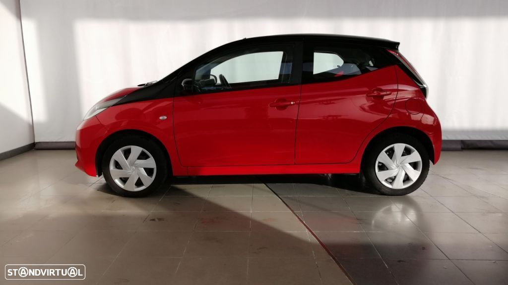 Toyota Aygo 5P 1.0 x-play + A+ x-touch - 5