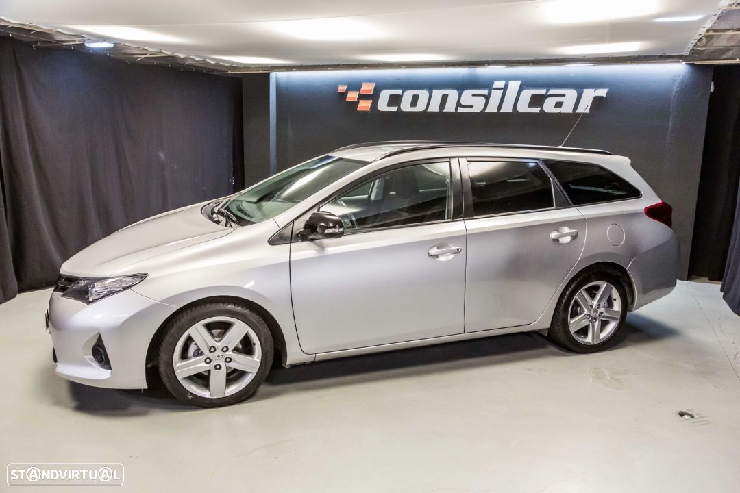 Toyota Auris Touring Sports 1.4 D-4D Sport - 1
