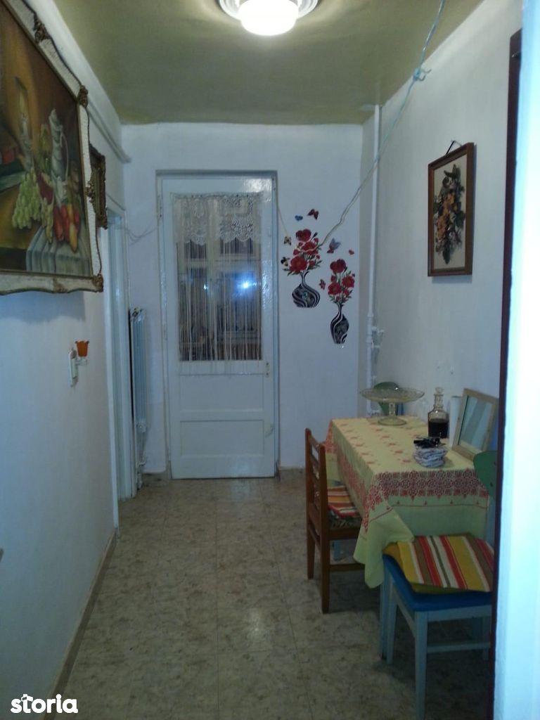 Apartament de inchiriat, Caraș-Severin (judet), Reşiţa - Foto 2