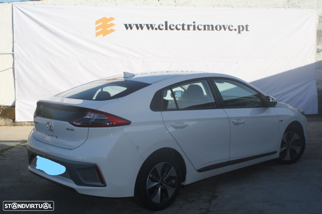 Hyundai Ioniq Electric   creative - 4