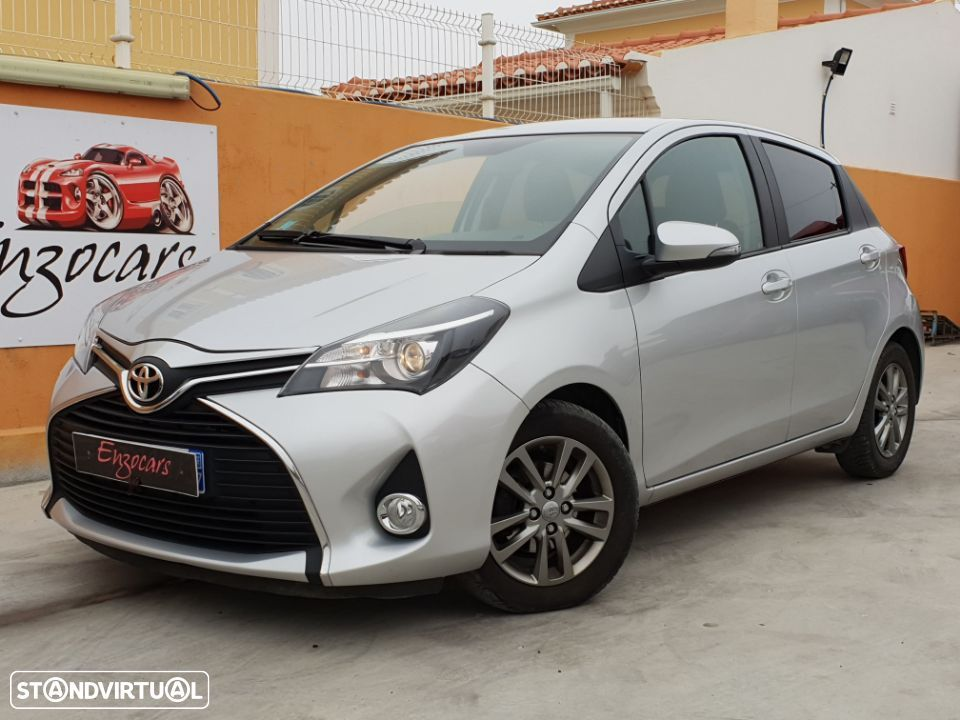 Toyota Yaris 1.4 D-4D Comfort + P. Style - 1