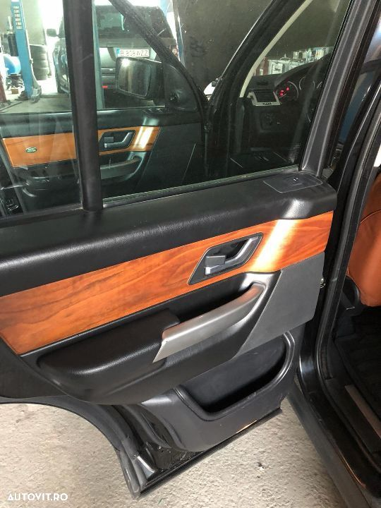 Tapiterie LAND ROVER DISCOVERY 3 - 4
