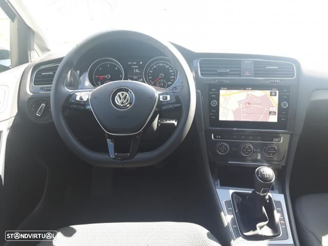 VW Golf 1.6 TDI 115cv CONFORTLINE 5P - 8